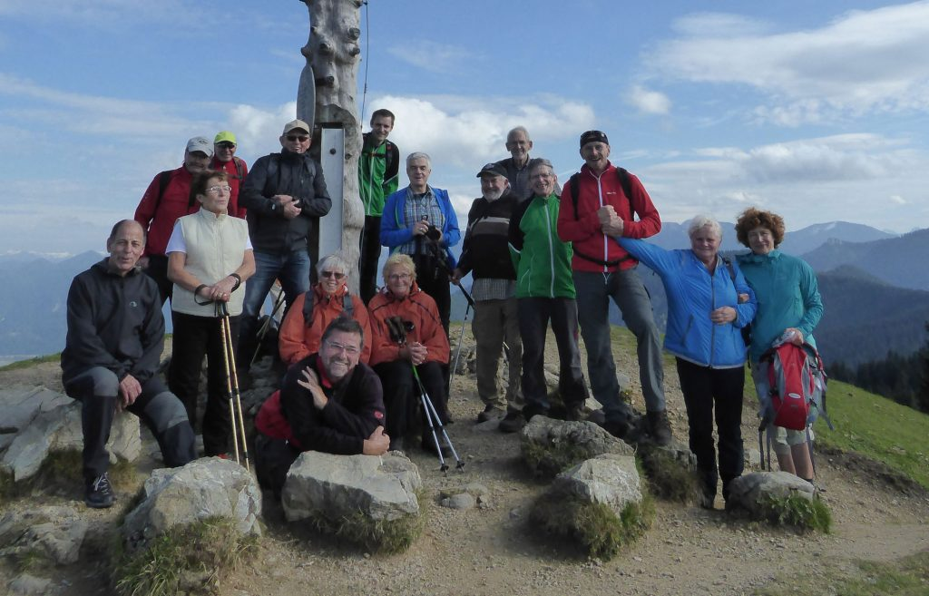 Mitglieder des WSV Ilmenau sowie des Partnervereins aus Oberammergau bei einer gemeinsamen Bergtour.