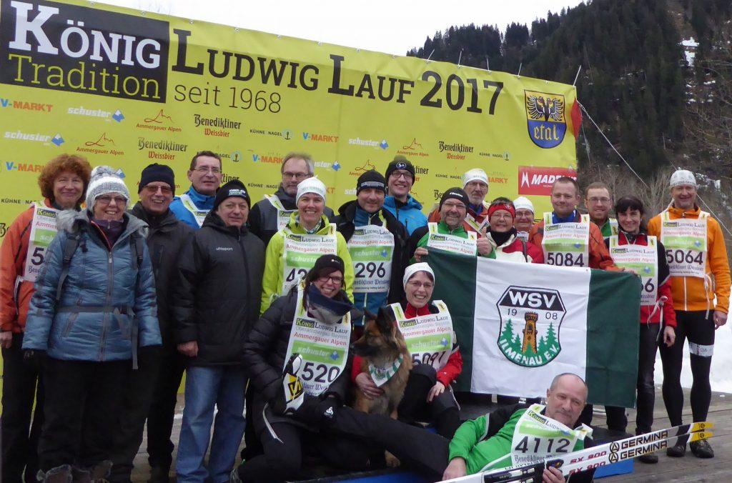 Gruppenfoto der Vereinsmitglieder beim König-Ludwig-Lauf 2017